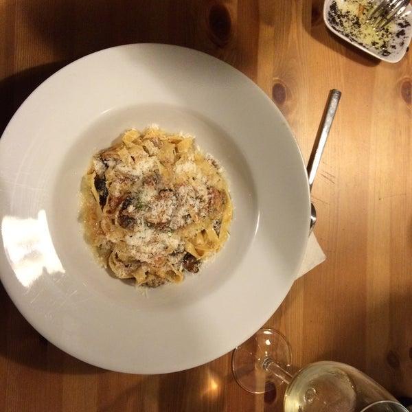 2/27/2016 tarihinde Çilem A.ziyaretçi tarafından Semolina Kafe & Restoran'de çekilen fotoğraf