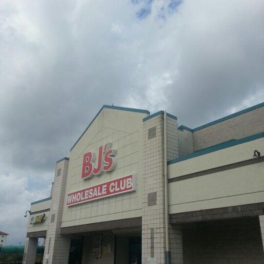 BJ\'s Wholesale Club - Miami Lakes, FL