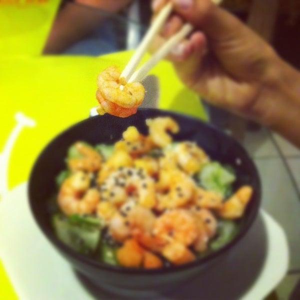 Photo taken at Japa Food by Fernando V. on 12/5/2012