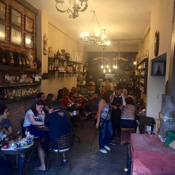 Foto tirada no(a) Empório Coisas de Minas por Lilian T. em 8/7/2016