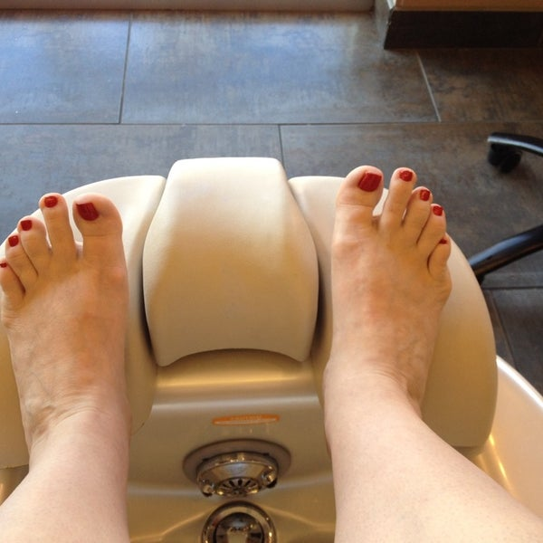 Photo taken at Ladue Nails & Spa by Heather R. on 4/5/2014