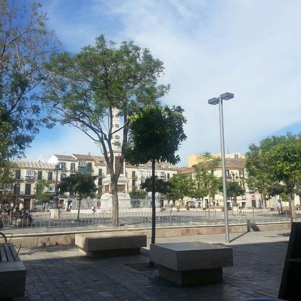 6/24/2014 tarihinde Irene S.ziyaretçi tarafından Café con Libros'de çekilen fotoğraf