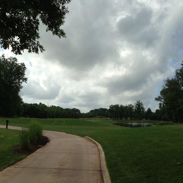 Foto tomada en 1757 Golf Club por Lynn N. el 7/14/2013