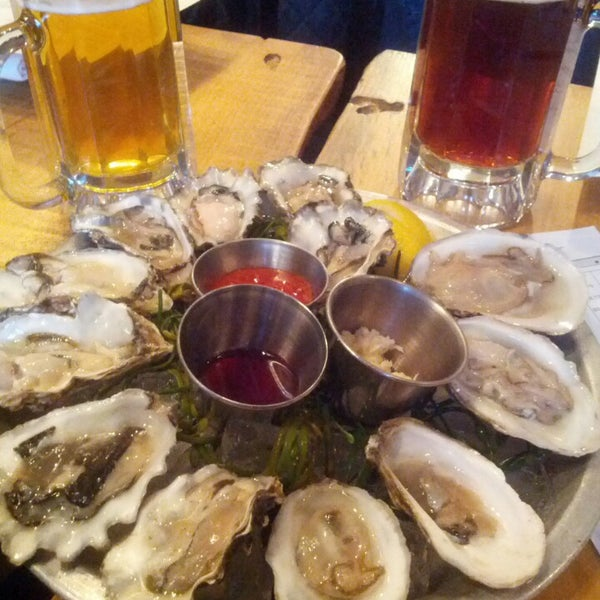 Photo taken at Upstate Craft Beer and Oyster Bar by Simon S. L. on 3/3/2013