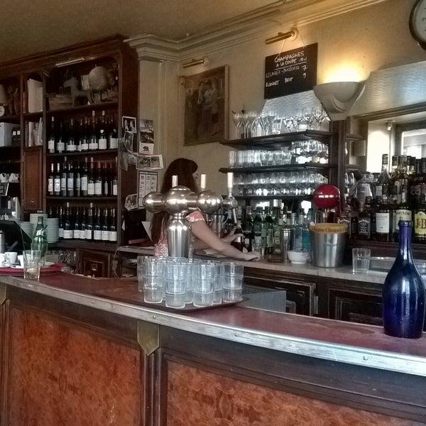 Photo taken at Café de l'Industrie by Kirsi S. on 7/27/2015