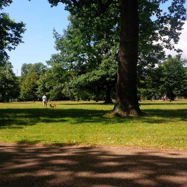 Photo taken at Kensington Gardens by Alessio M. on 7/28/2013