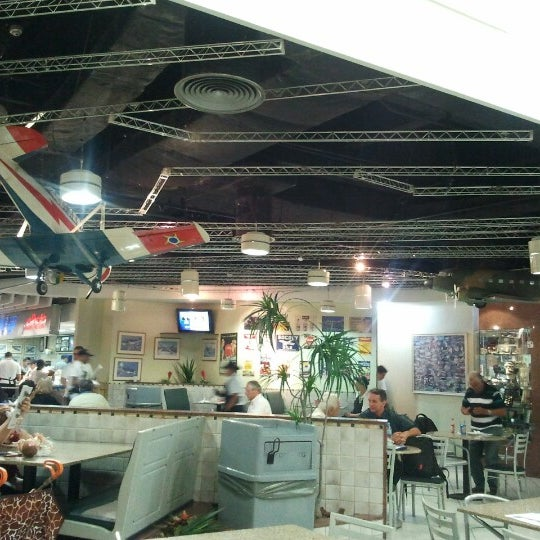 Photo taken at Air Café Palheta by Marco C. on 10/4/2012