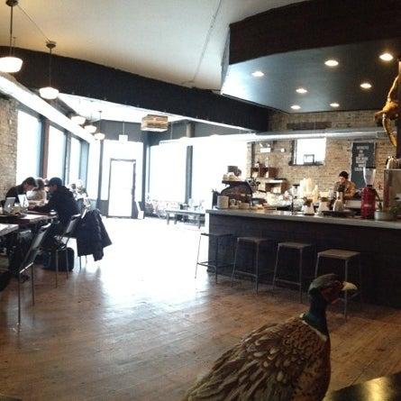 Foto tomada en Gaslight Coffee Roasters por Jonathan D. el 2/2/2013
