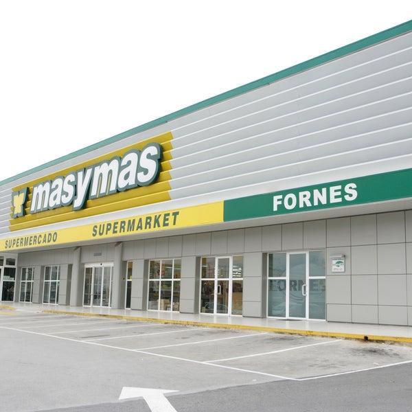 Photo taken at Supermercados masymas Fornés & Oficinas centrales by Supermercados masymas Fornés & Oficinas centrales on 9/19/2013