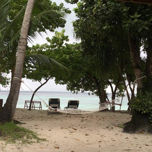 Photo taken at Vilamendhoo Island Resort & Spa by Екатерина Е. on 9/5/2016