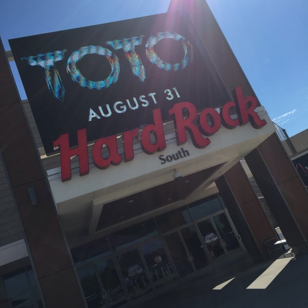 Photo taken at Hard Rock Rocksino Northfield Park by Jeremy W. on 7/26/2016