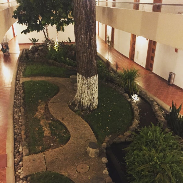 Photo taken at Hotel Quality Inn Cencali by Mike N. on 8/21/2015