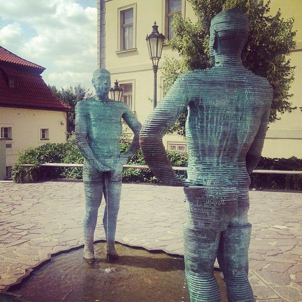7/8/2013 tarihinde Merve İ.ziyaretçi tarafından Franz Kafka Museum'de çekilen fotoğraf