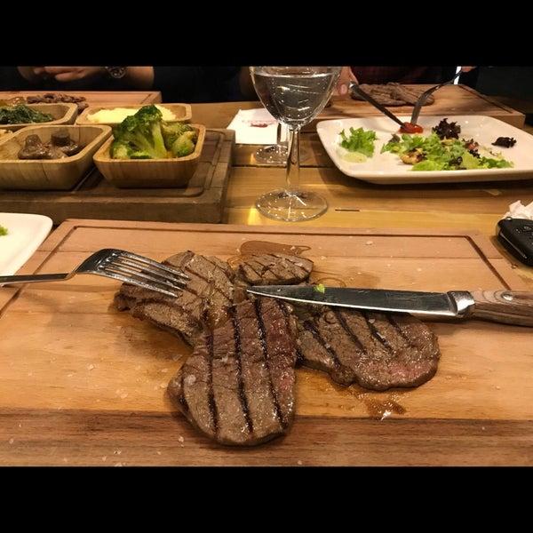 7/25/2018 tarihinde Güven Mirkelam Y.ziyaretçi tarafından Assado Steak House'de çekilen fotoğraf