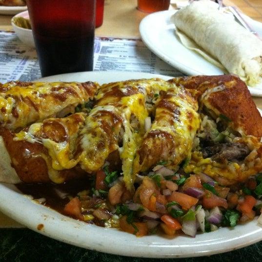 Foto tomada en El Tarasco por Emily T. el 12/2/2012