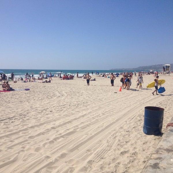 Foto tirada no(a) Mission Beach Park por Ender A. em 6/19/2014