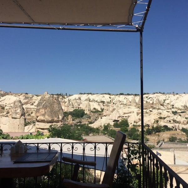 7/23/2017 tarihinde Nergis K.ziyaretçi tarafından Sos Cave Hotel'de çekilen fotoğraf