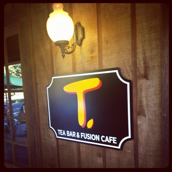 Photo taken at T. Tea Bar & Fusion Cafe by Shawn H. on 9/16/2012