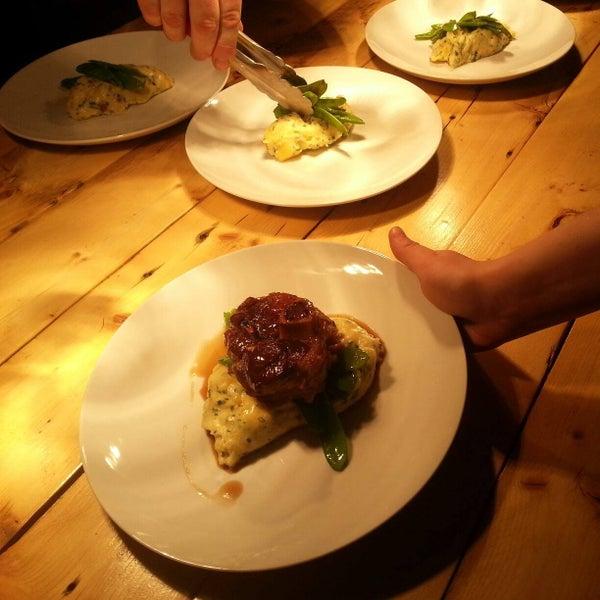 Au menu ce soir ;) Osso Buco de porc / Pommes de terre bacon et fromage