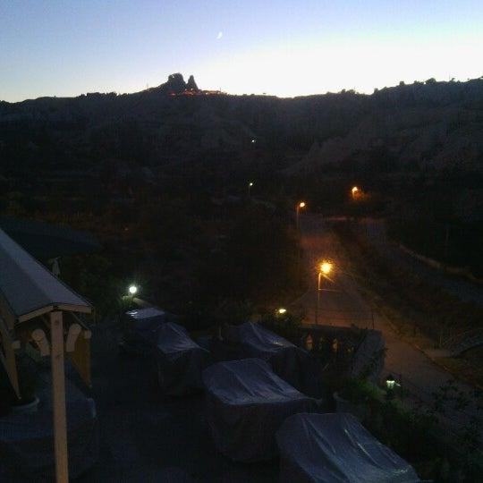 10/7/2013 tarihinde Melih Ç.ziyaretçi tarafından Sos Cave Hotel'de çekilen fotoğraf