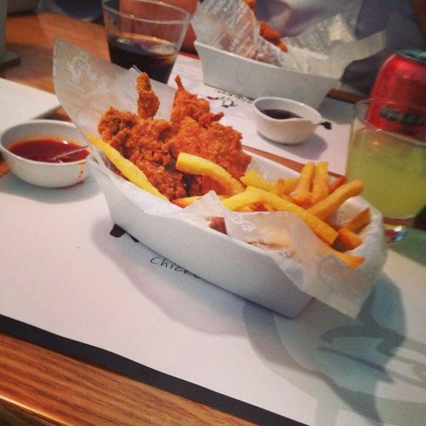 Photo taken at K'Pop Chicken by Robson M. on 1/8/2014