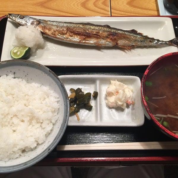 Photo taken at 上総屋 by Takashi N. on 10/2/2015