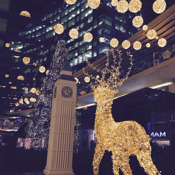 Foto tomada en Antara Fashion Hall por Alby G. el 11/19/2015