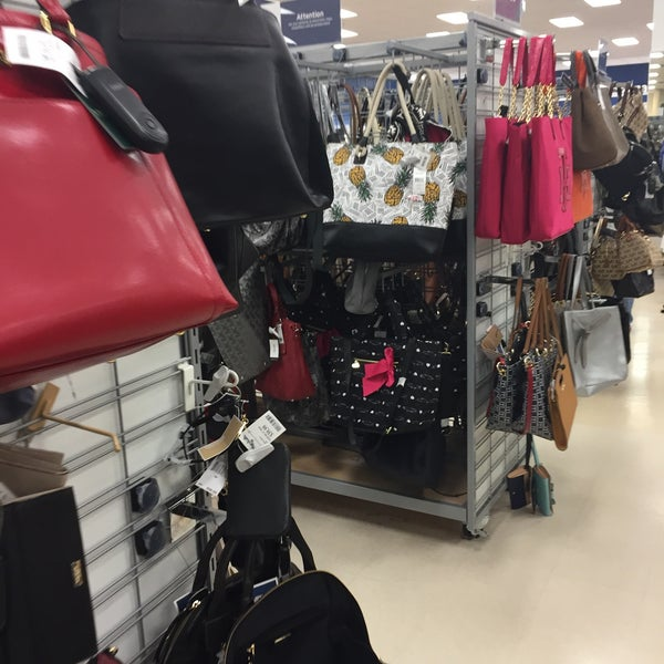 Photo taken at Marshalls by Cesar L. on 8/1/2015