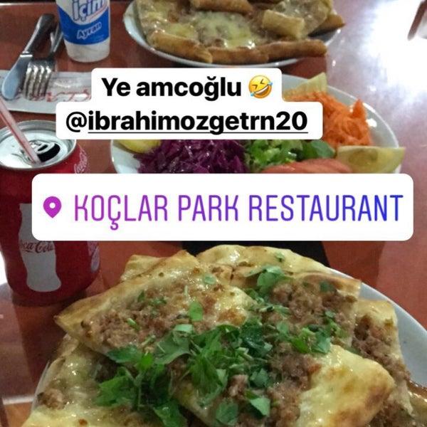 4/13/2017 tarihinde Ozan 🚒🚨 Ü.ziyaretçi tarafından Koçlar Restaurant ve Dinlenme Tesisi'de çekilen fotoğraf