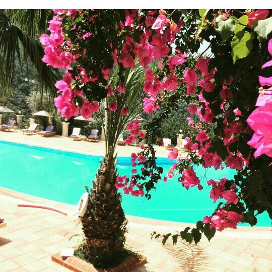 6/19/2016 tarihinde Zeynep Ç.ziyaretçi tarafından Paradise Garden Butik Hotel'de çekilen fotoğraf