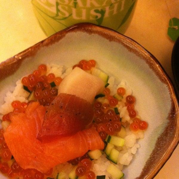 Photo taken at Sakae Sushi by Phar N. on 7/28/2013