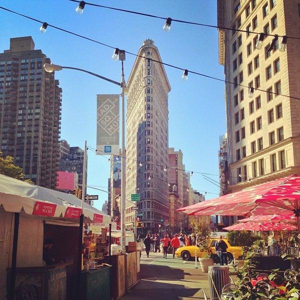 Foto diambil di Madison Square Park oleh Greg J. pada 10/20/2013