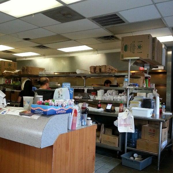 Lucky Kitchen Ann Arbor Mi 48105 Room Image And Wallper 2017