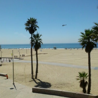 รูปภาพถ่ายที่ Casa Del Mar Hotel โดย Phil J. เมื่อ 9/14/2012