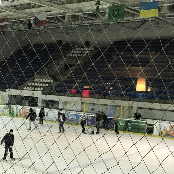 Снимок сделан в Айс Холл / Ice Hall пользователем Anastasiya K. 1/29/2017