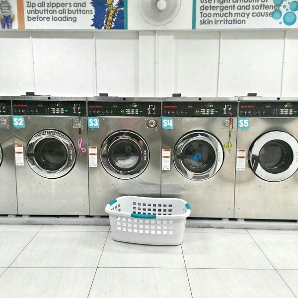 Photos at d i wash do it yourself laundry san nicolas 9 visitors photo taken at d i wash do it yourself laundry by rachel n on solutioingenieria Image collections