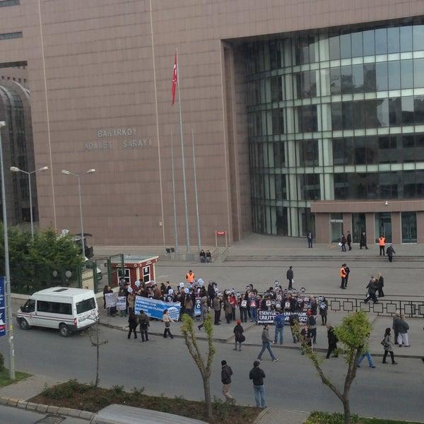 Photo taken at Bakırköy Adalet Sarayı by ozcns61⚠️ on 4/19/2013