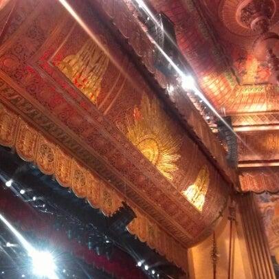 รูปภาพถ่ายที่ Beacon Theatre โดย Alfredo P. เมื่อ 10/13/2012