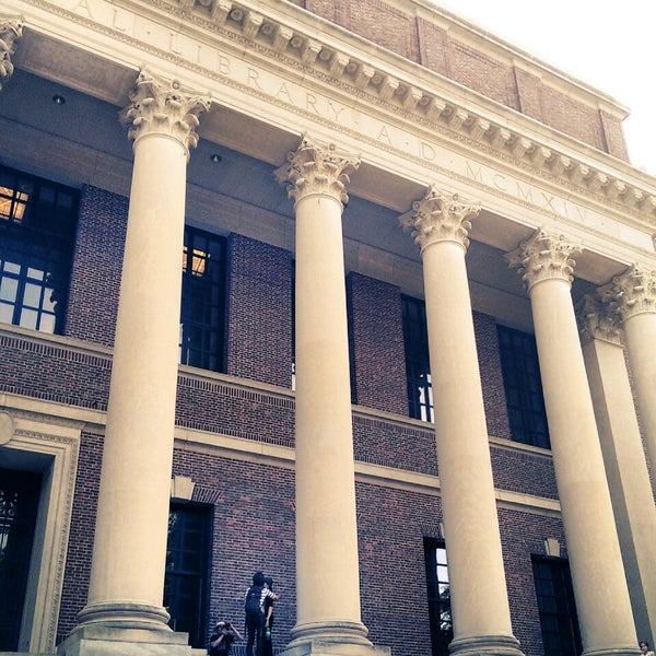 Photo taken at Widener Library by Rita L. on 8/17/2013
