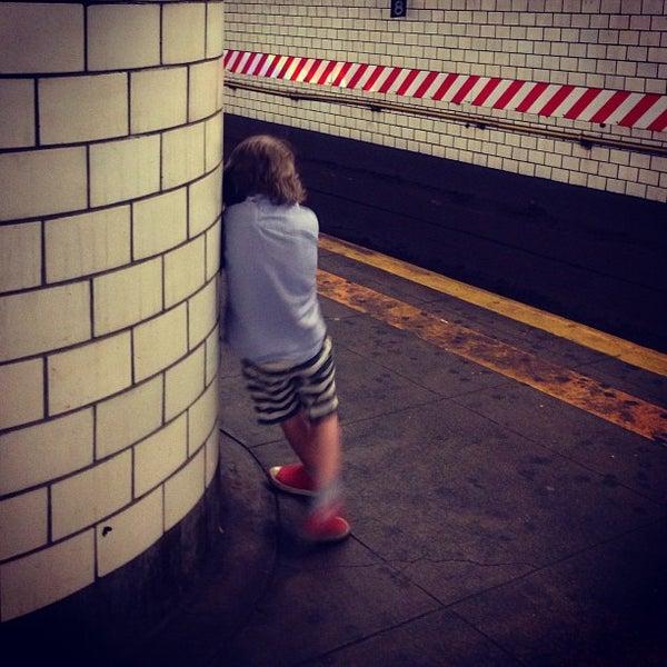 Photo taken at MTA Subway - York St (F) by Nick L. on 6/15/2013