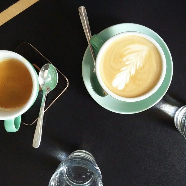 Снимок сделан в First Point Espresso Bar пользователем Stasia M. 6/17/2017
