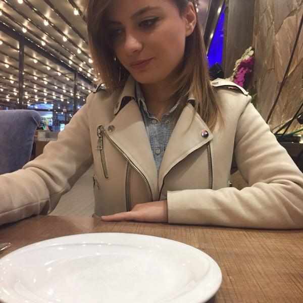 12/14/2017 tarihinde Merve U.ziyaretçi tarafından Özdemir Kasabı'de çekilen fotoğraf