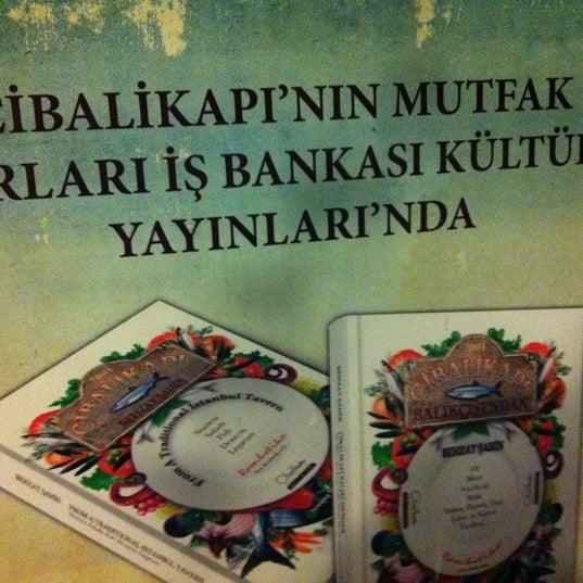 12/8/2012 tarihinde Sertaç D.ziyaretçi tarafından Cibalikapı Balıkçısı'de çekilen fotoğraf