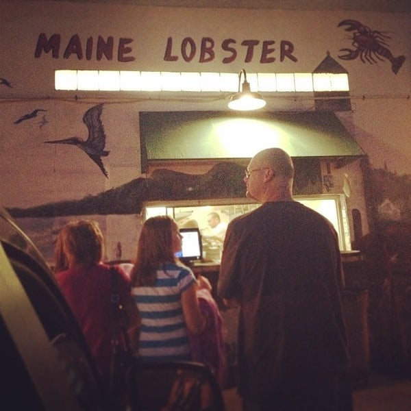 Photo taken at Jazzy's Mainely Lobster by Kelsey on 3/23/2014