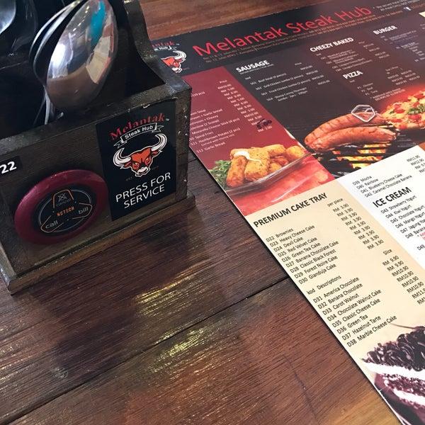 Photo taken at Melantak Steak Hub by fahmi on 12/13/2016