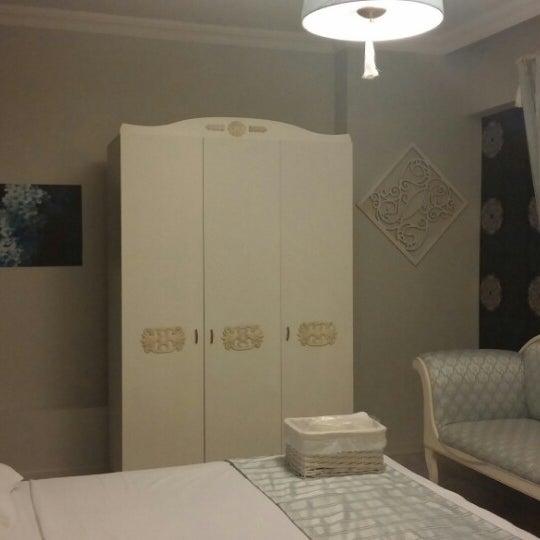 Das Foto wurde bei Room room Boutique Hotel von Funda am 8/13/2014 aufgenommen