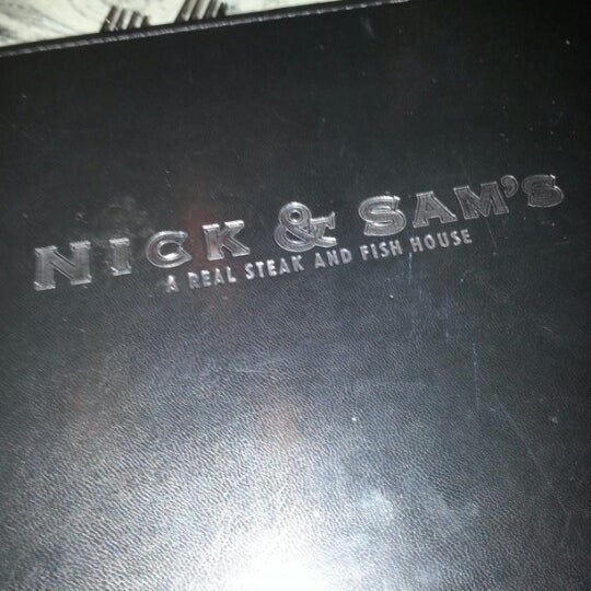 Photo prise au Nick & Sam's par Neel N. le12/5/2012