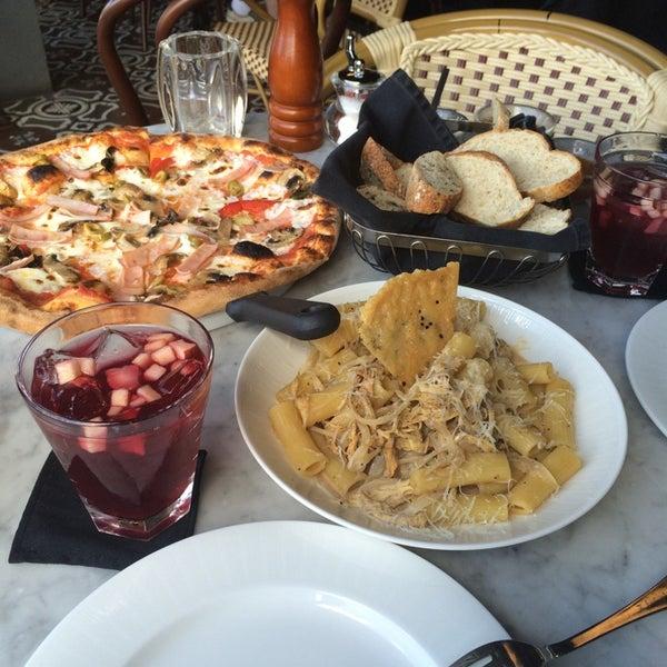 Pizza clasica slp sierra vista for Capitolio eventos jardin