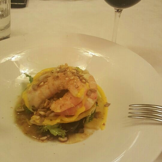 Foto tomada en Restaurante Ruta del Veleta por Ali H. el 5/19/2016