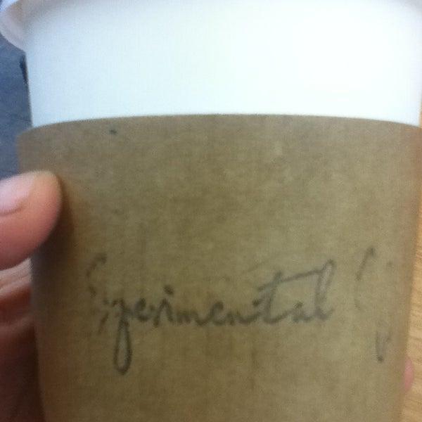 11/18/2013에 Diana V.님이 Experimental Coffee Bar by SAANG에서 찍은 사진